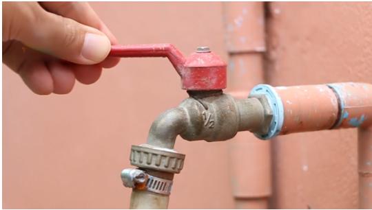 如何清理水管里的污垢_宝维家百科
