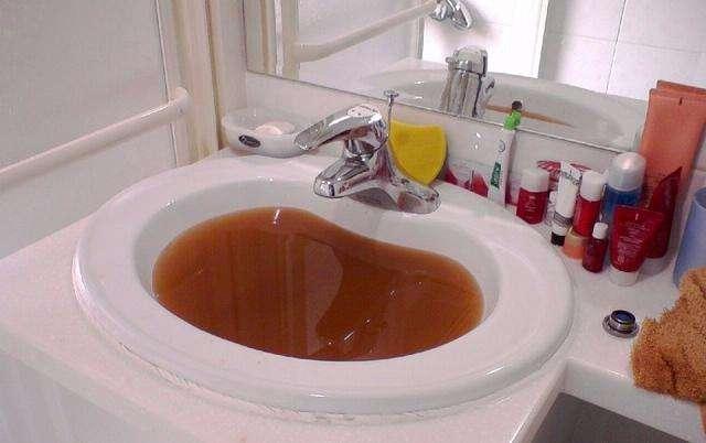 水管常年不清洗对人体危害大吗?